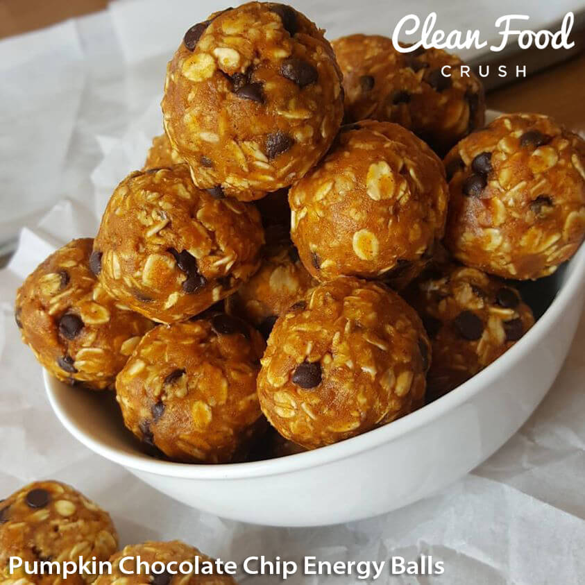 Pumpkin Chocolate Chip Energy Balls http://cleanfoodcrush.com/pumpkin-chocol…p-energy-balls