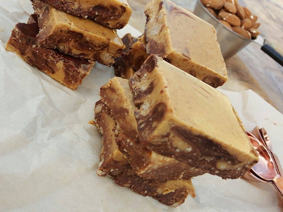 Clean Food Crush Nut Bars Recipe http://cleanfoodcrush.com/chocolate-nut-swirl-bars/