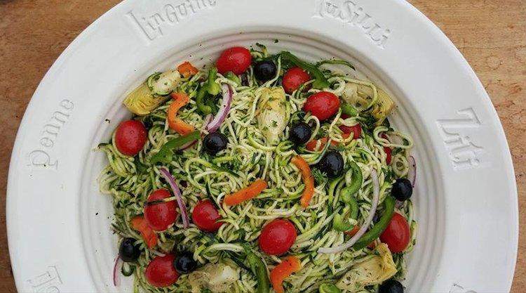Zoodle Italian Salad http://cleanfoodcrush.com/pastaless-italian-salad/