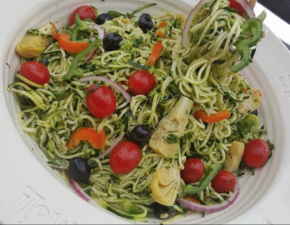 pastaless italian veggie salad http://cleanfoodcrush.com/pastaless-italian-salad/