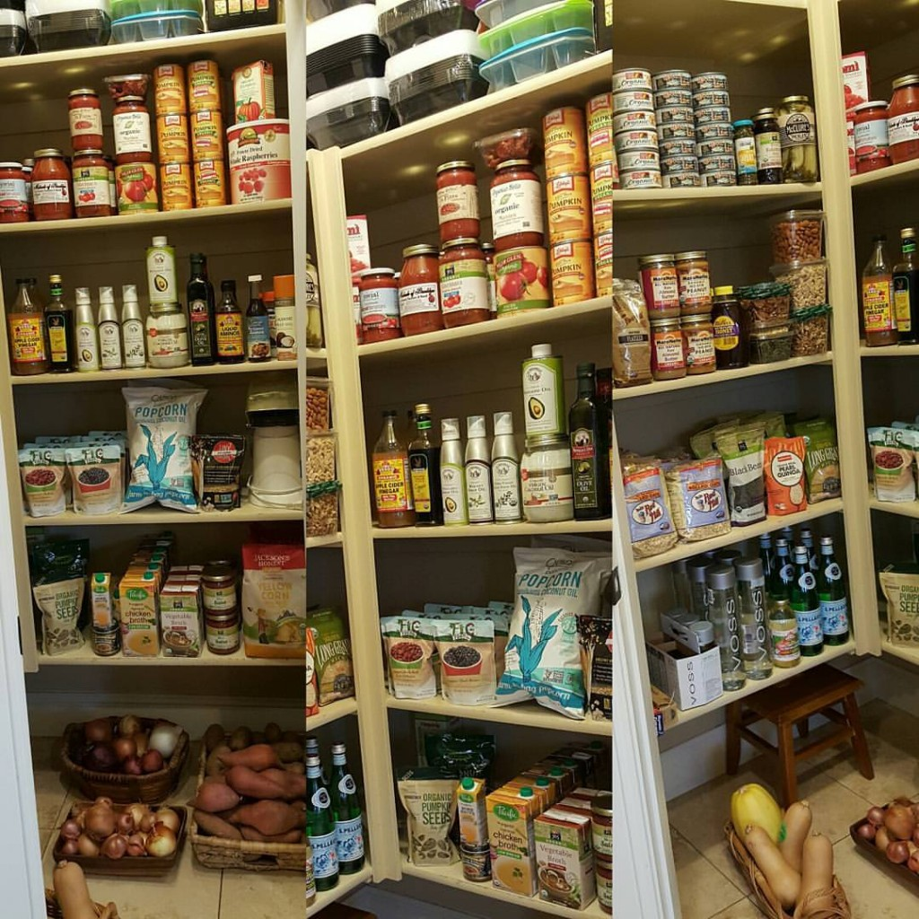Clean Eating Pantry Inspiration http://cleanfoodcrush.com/clean-eating-pantry/