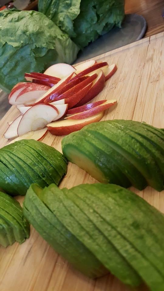 Apple Avocado Turkey Wraps Prep cleanfoodcrush.com/apple-avocado-turkey-wraps/
