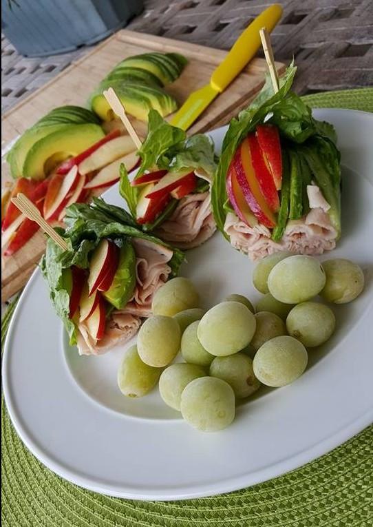 Apple Avocado Turkey Wraps Recipe cleanfoodcrush.com/apple-avocado-turkey-wraps/