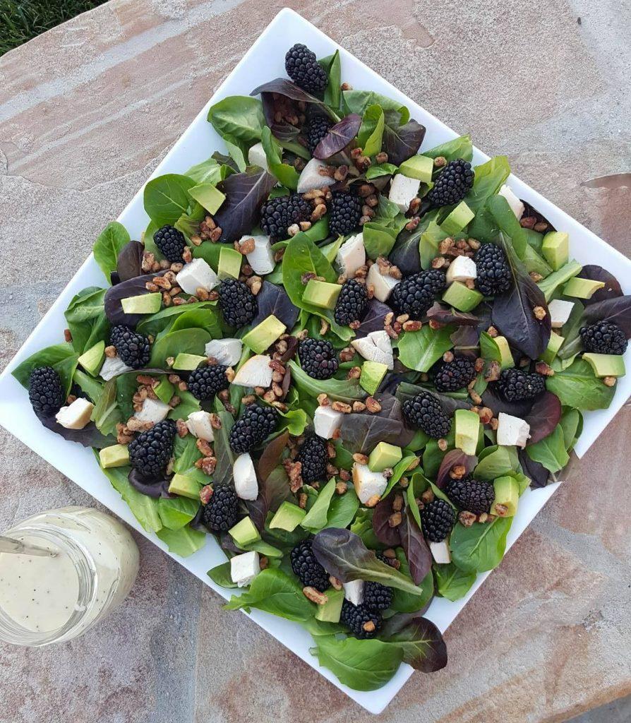 Blackberry Turkey Avocado Spring Salad with Lemony Poppyseed Dressing Clean Eating Recipe http://cleanfoodcrush.com/blackberry-spring-salad/