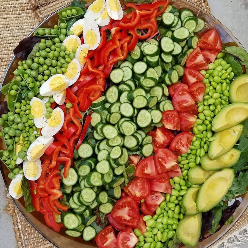 Fresh Garden Salad With Creamy Garlic Dressing Clean