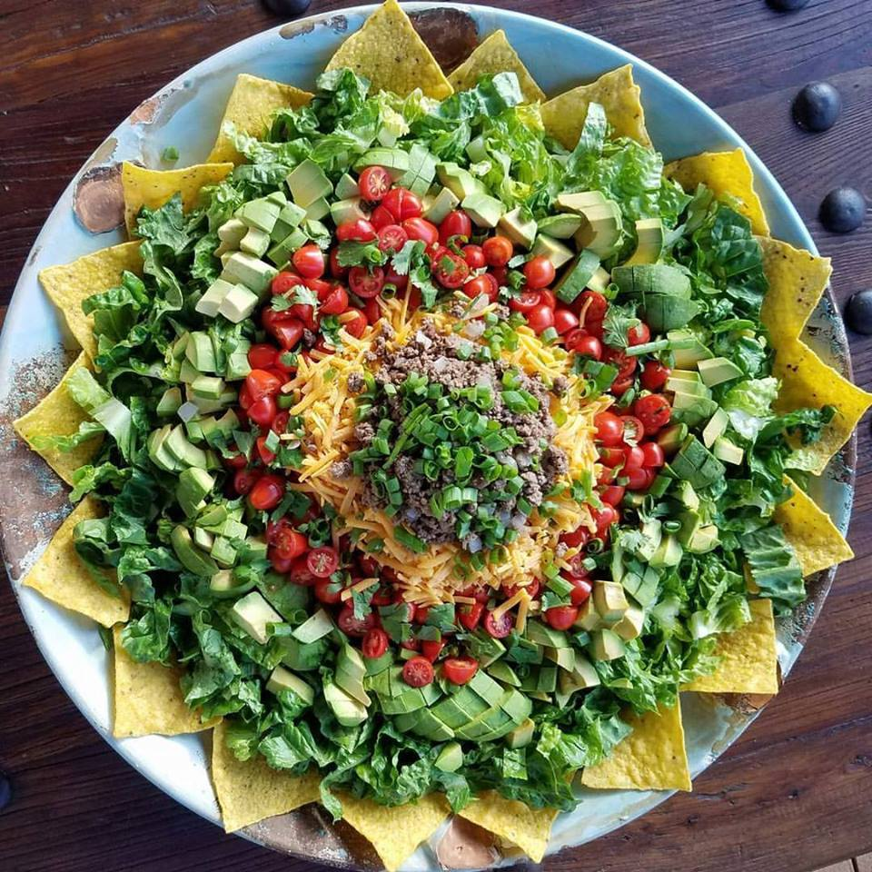 Taco Salad for a Crowd http://cleanfoodcrush.com/taco-salad-for-a-crowd