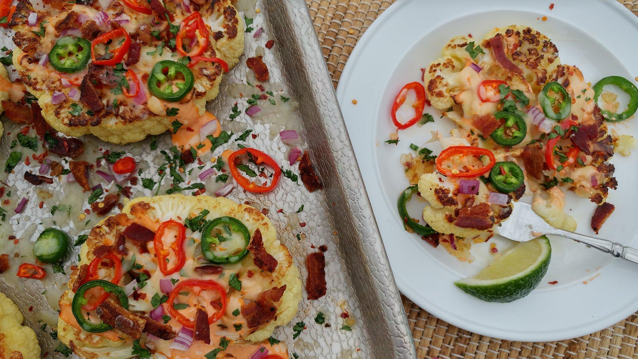 roasted-jalapeno-popper-cauliflower-slices
