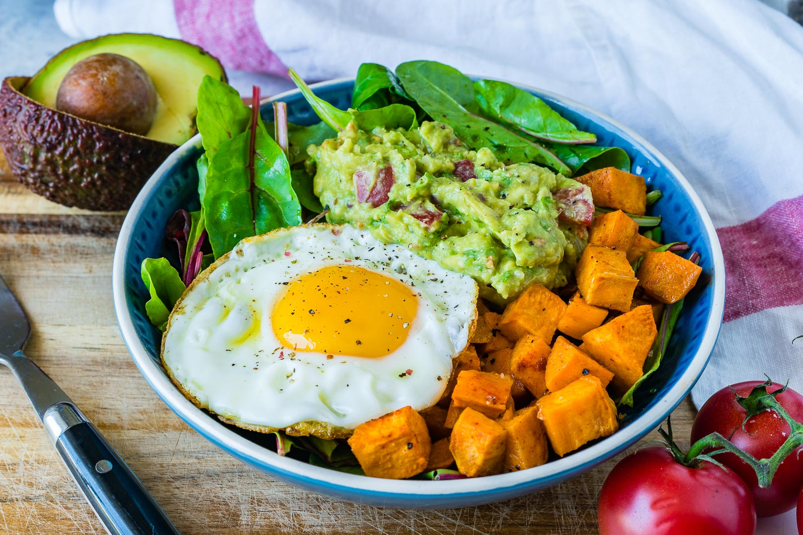 Healthy Guacamole, Egg + Sweet Potato Breakfast Bowls