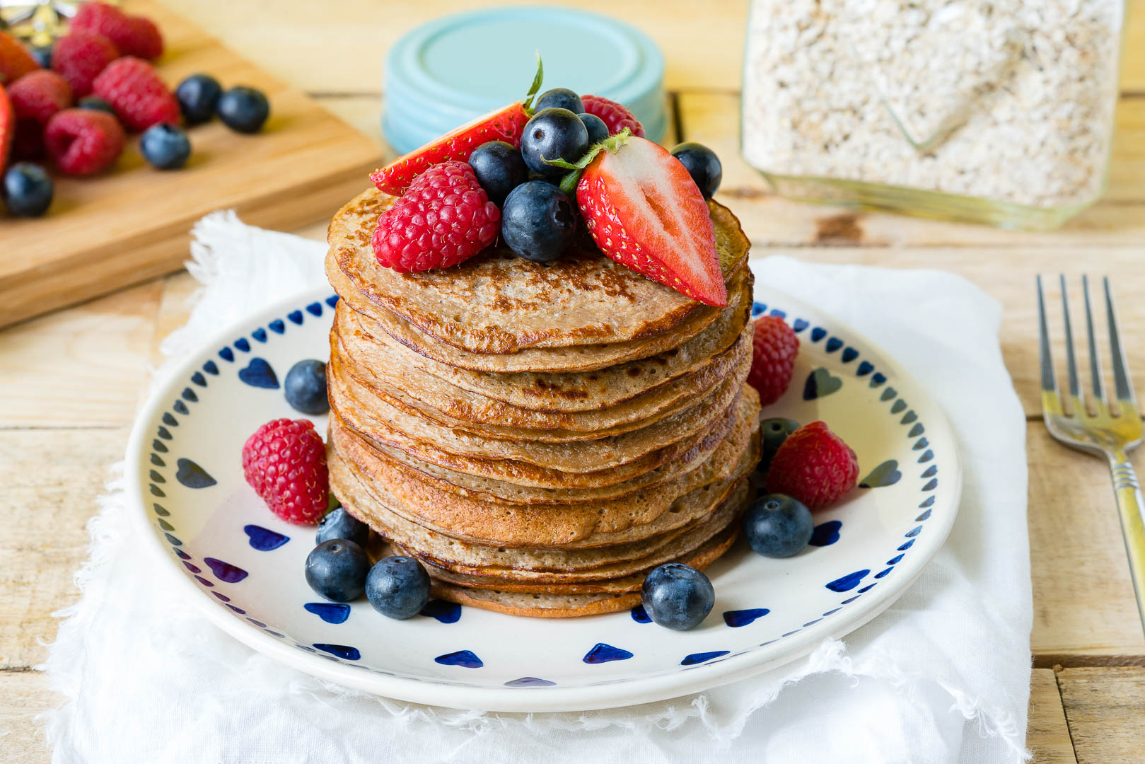 CleanFoodCrush Oatmeal Protein Pancakes