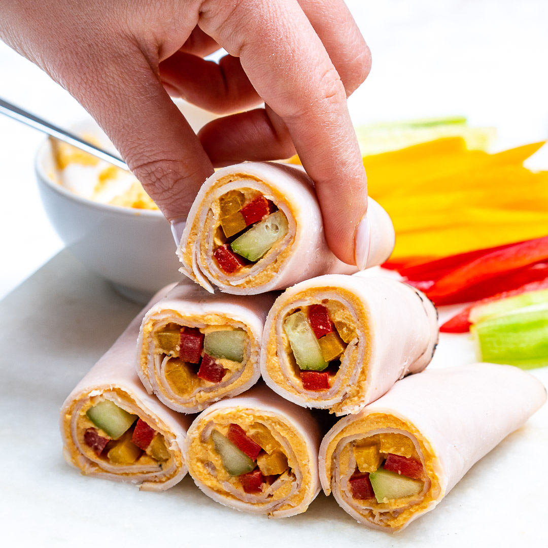 CleanFoodCrush Turkey + Veggie + Hummus Wraps