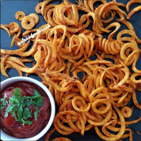 Curly Sweet Potato Fries Recipe Copycat Arby S Using The Paderno Spiralizer Clean Food Crush