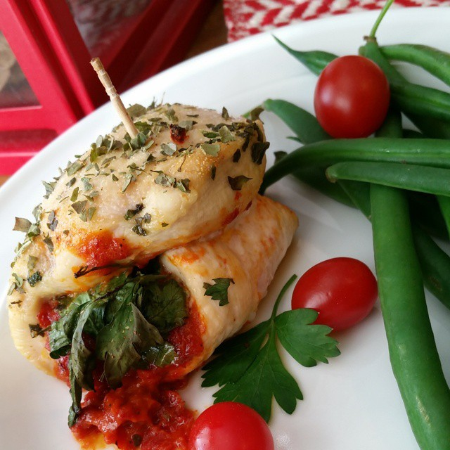 Sun Dried Tomato & Roasted Red Pepper Chicken Roll Ups – Clean Chicken Rollatini