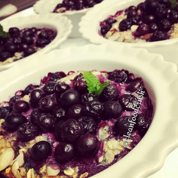 Wild Blueberry & Almond Baked Oatmeal