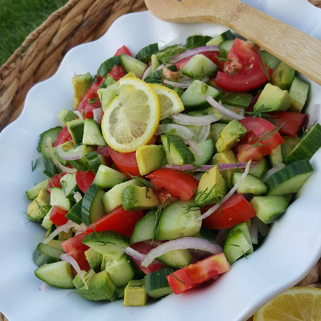 Garden Fresh Tomato, Cucumber, & Avocado Summer Salad?
