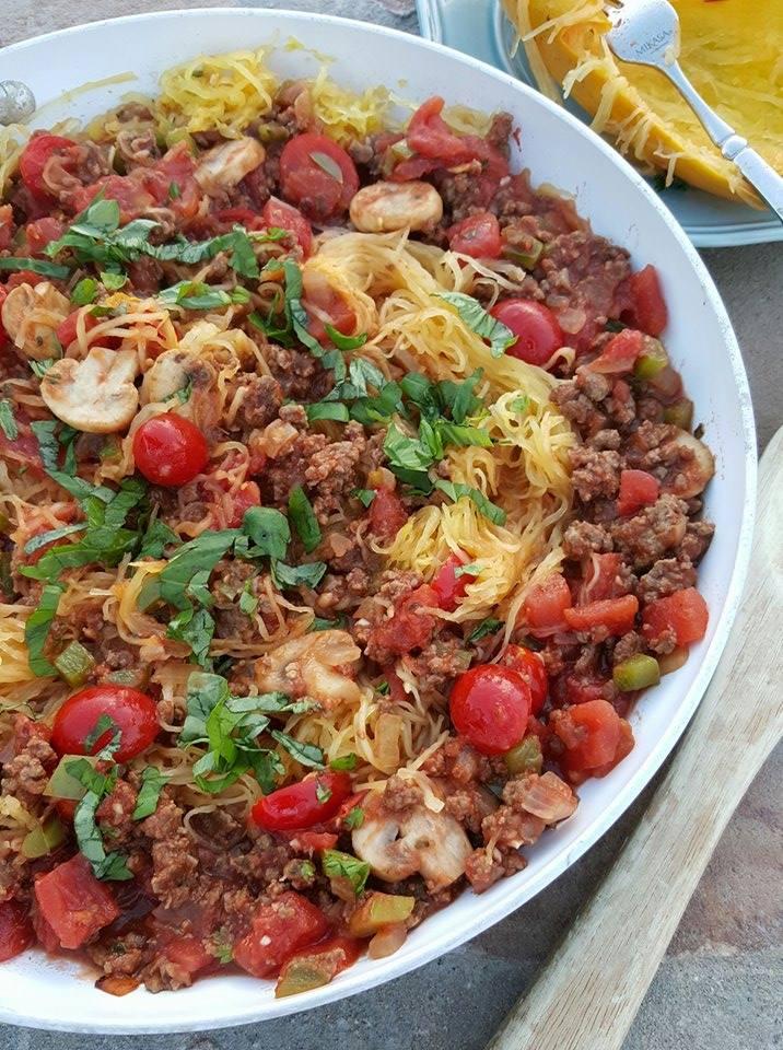 Clean Simple Spaghetti Squash Skillet https://cleanfoodcrush.com/spaghetti-squash-skillet/