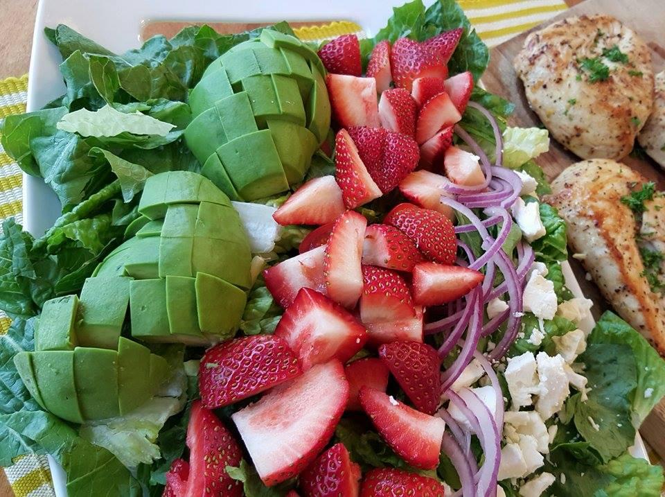 Clean Eating Salads - California Cobb Strawberry Salad https://cleanfoodcrush.com/california-cobb/