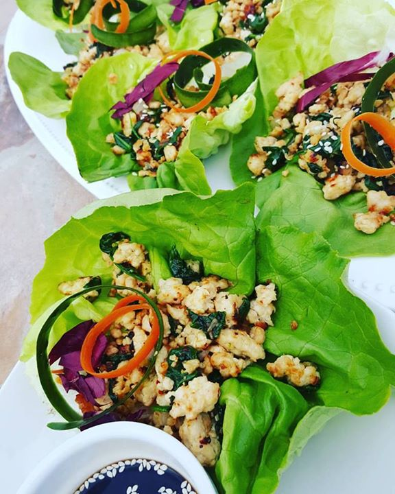Spinach and Chicken Thai Lettuce Wraps https://cleanfoodcrush.com/spinach-chicken-thai-lettuce-wraps