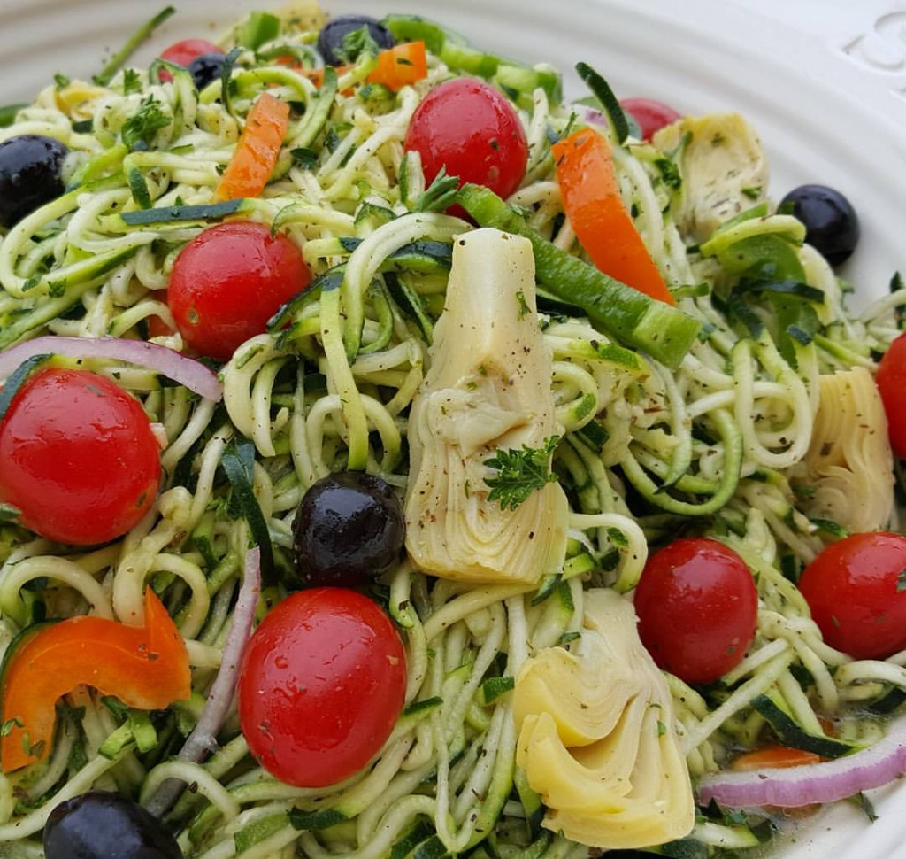 Pastaless Italian Salad Clean Food Crush https://cleanfoodcrush.com/pastaless-italian-salad/