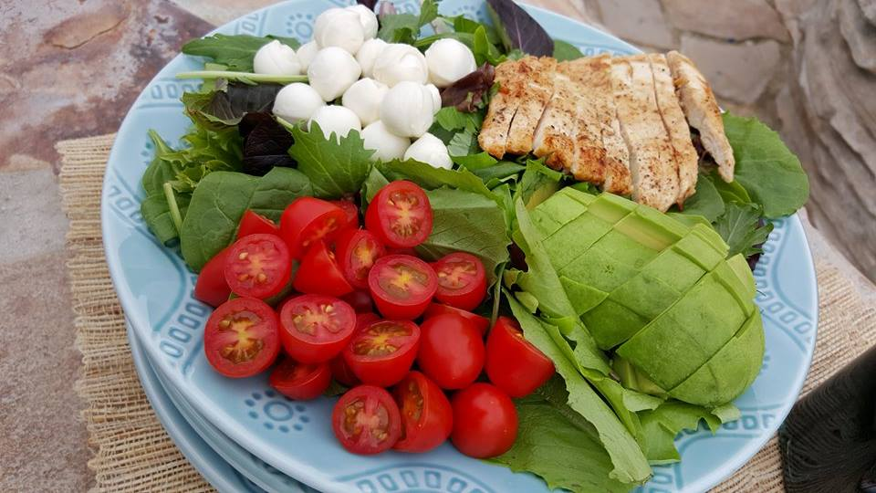 Clean Eating Caprese Salad Recipe https://cleanfoodcrush.com/caprese-salad/
