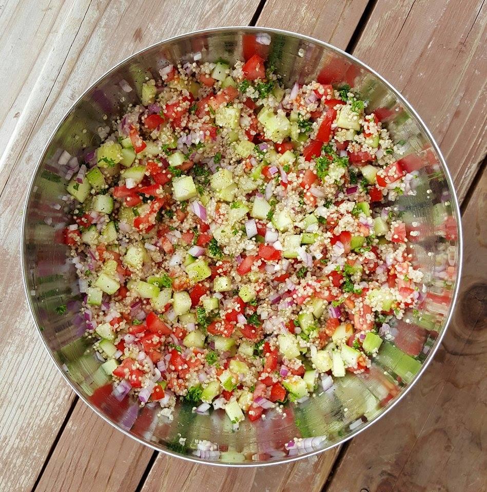 Quinoa Tabbouleh Recipe https://cleanfoodcrush.com/quinoa-tabouli/