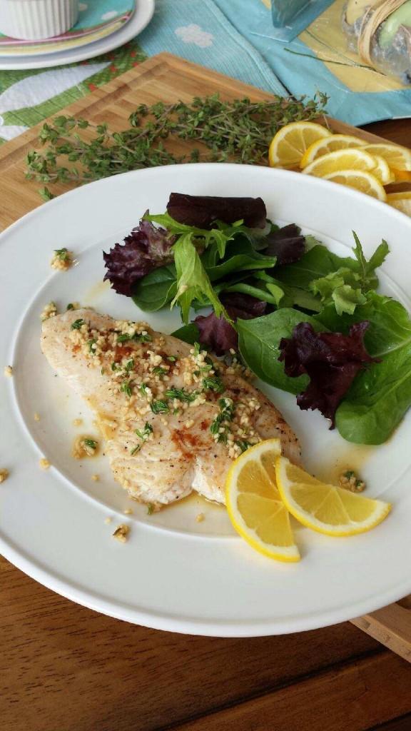 Turkey Tenderloin with Fresh Lemon Thyme Sauce