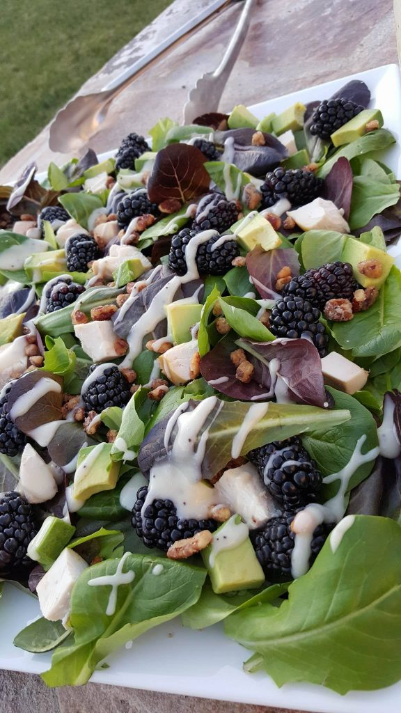 Blackberry Spring Salad https://cleanfoodcrush.com/blackberry-spring-salad/
