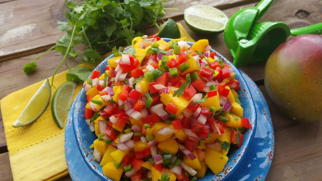 The Best Mango Salsa https://cleanfoodcrush.com/mango-salsa/