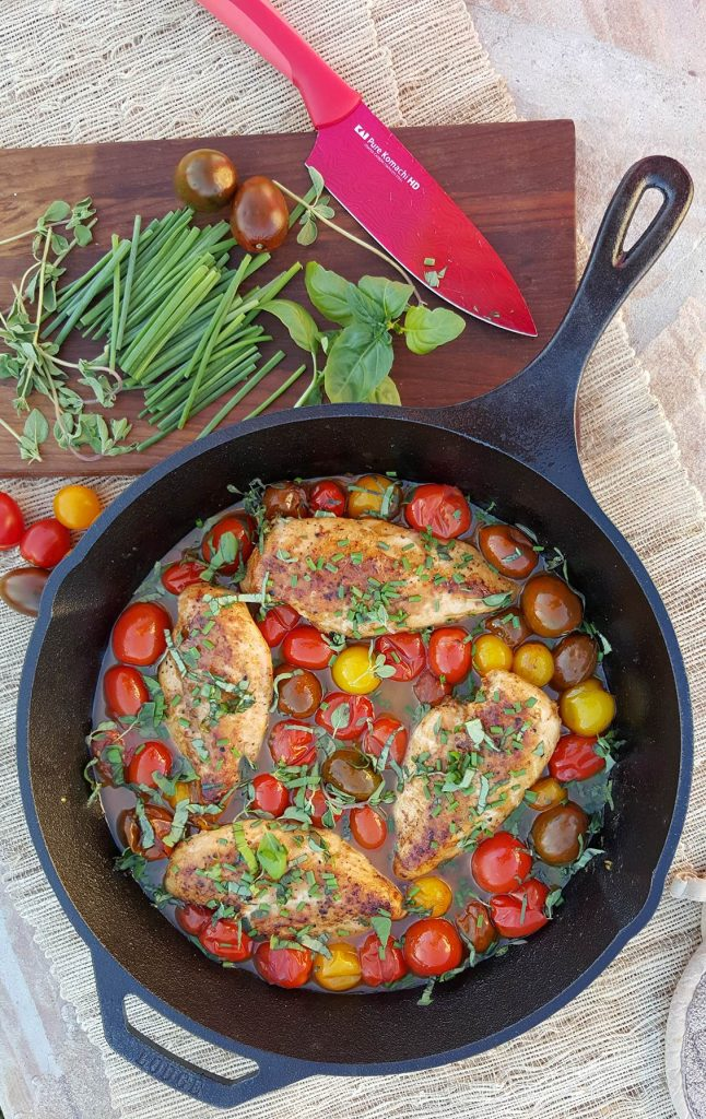Balsamic Glazed Chicken with Heirloom Tomatoes and Fresh Herbs Recipe https://cleanfoodcrush.com/balsamic-chicken-and-tomatoes/