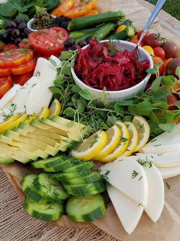 Vegetable Summer Platter https://cleanfoodcrush.com/summer-veggie-plate/