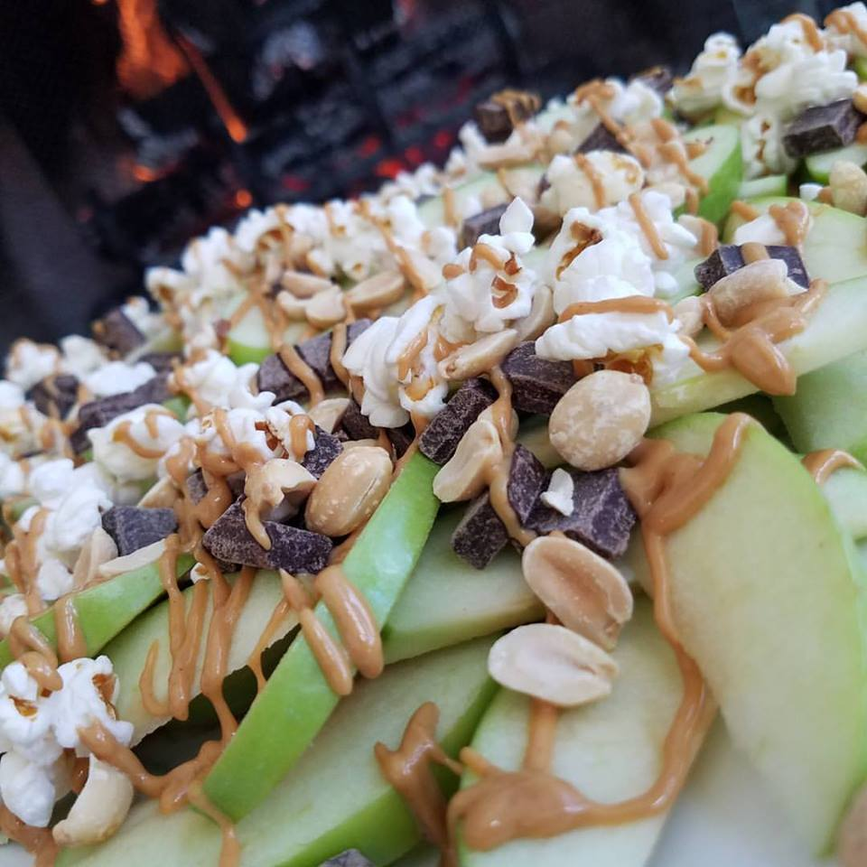 Apple Nachos https://cleanfoodcrush.com/apple-nachos
