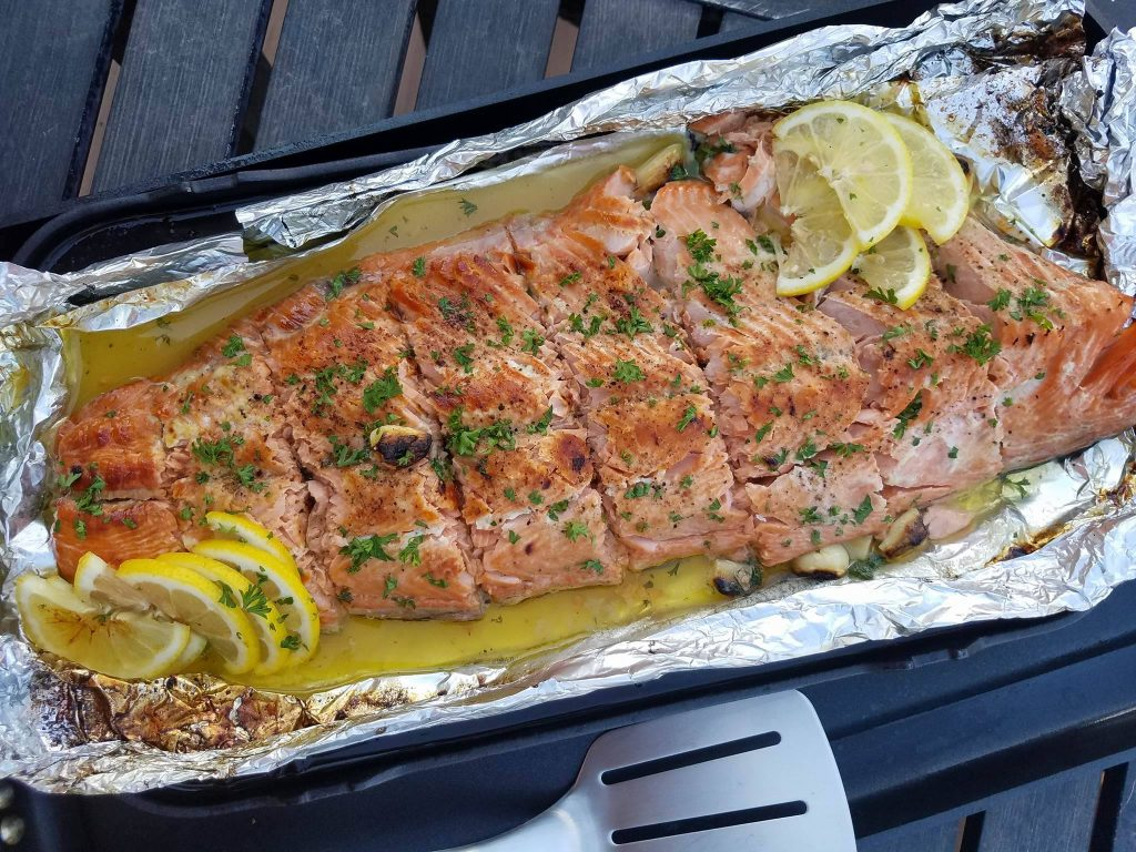 Clean Eating Honey Lemon Garlic Salmon https://cleanfoodcrush.com/honey-lemon-garlic-salmon/