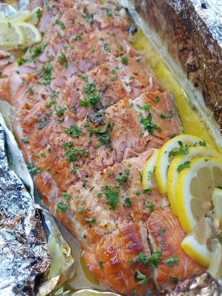 Honey Lemon Garlic Salmon Clean Eating Recipe https://cleanfoodcrush.com/honey-lemon-garlic-salmon/