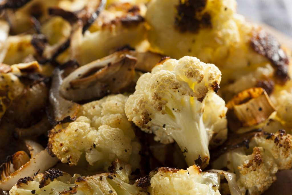 roasted cauliflower and carmelized onions cleanfoodcrush