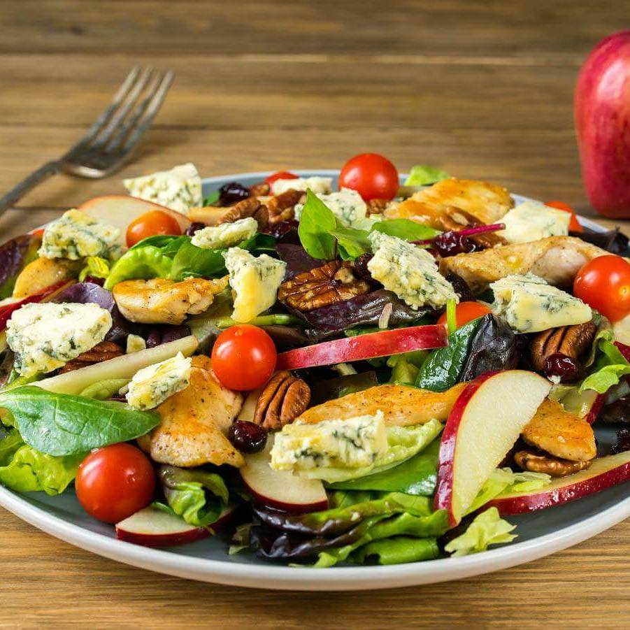 Chicken and apple salad with blue cheese and pecans clean food crush real food recipe chicken salad with apple and blue cheese forumfinder Images