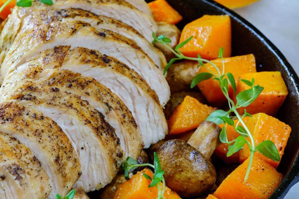 Clean food Turkey squash skillet