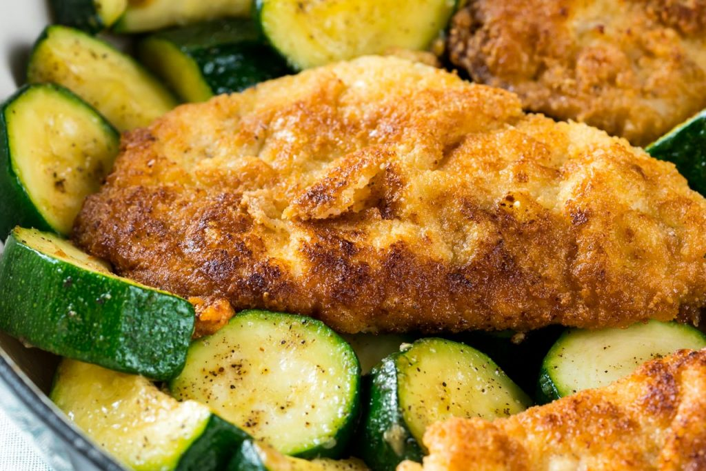 Garlic friend chicken and zucchini