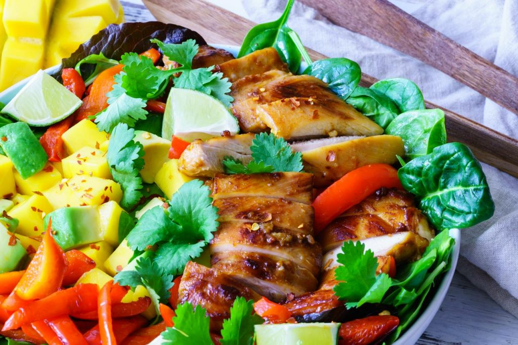 Chicken fillets with  avocado and mango