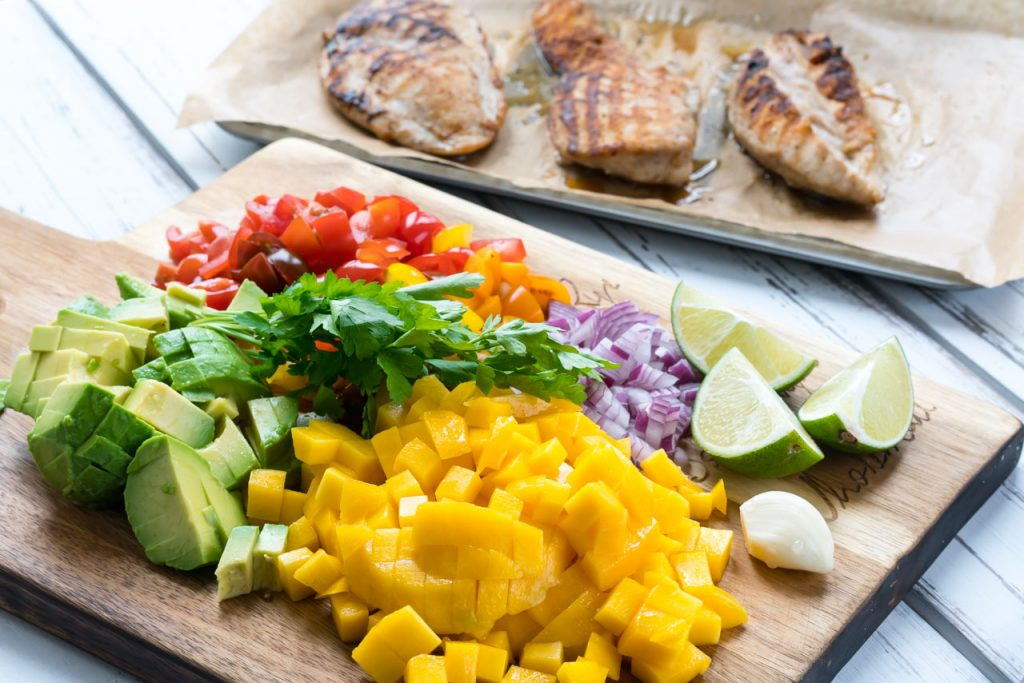 Grilled chicken with mango salsa clean recipes