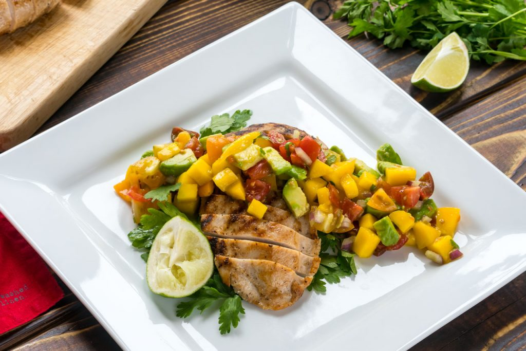 Easy recipes grilled chicken with mango salsa