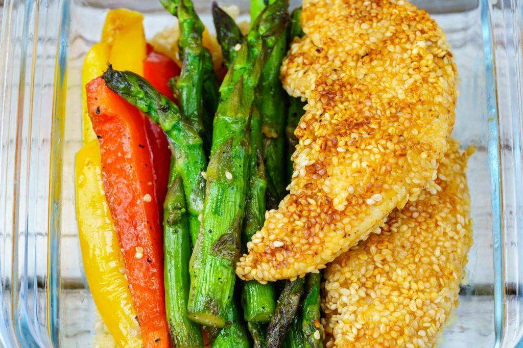 CleanFoodCrush Sesame Chicken Lunch Bowls