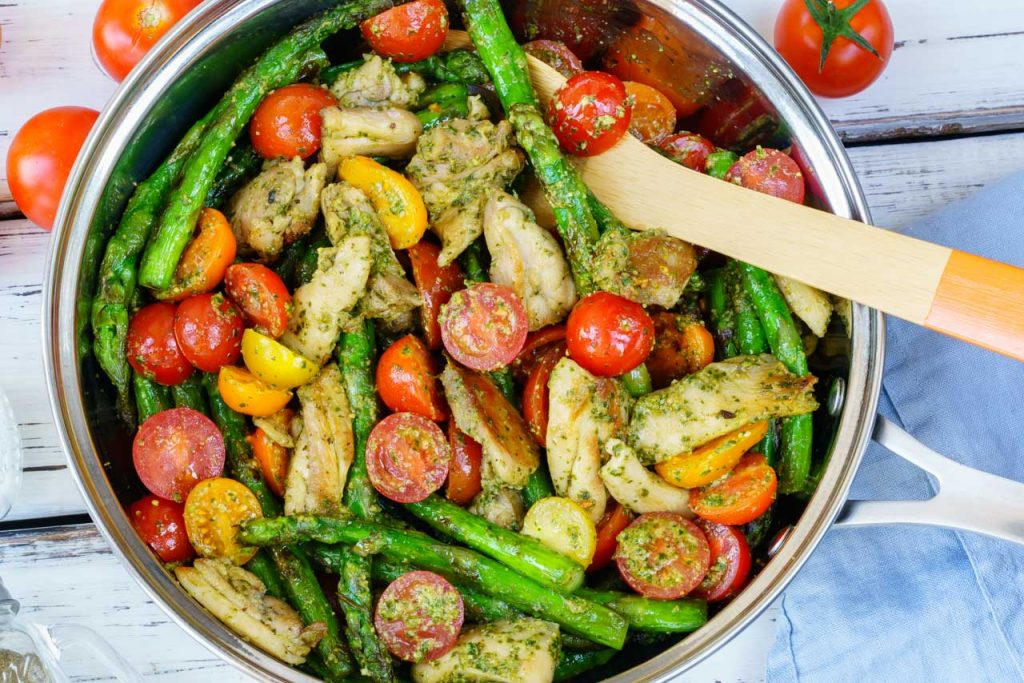 Pesto Chicken Veggies