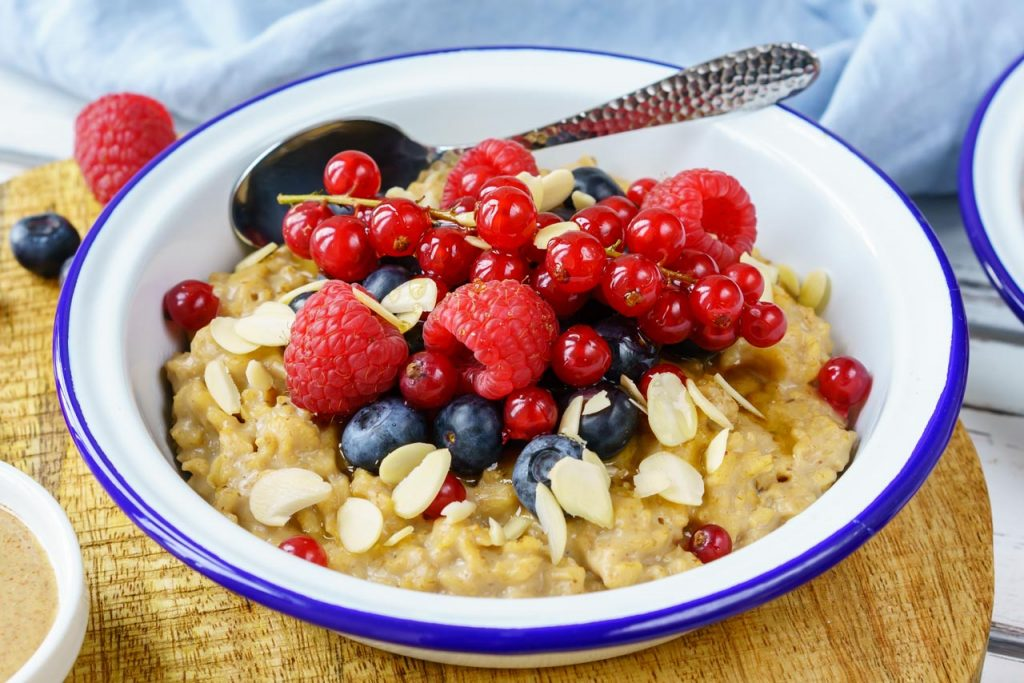PB Oatmeal and Berries Clean Eating Breakfast