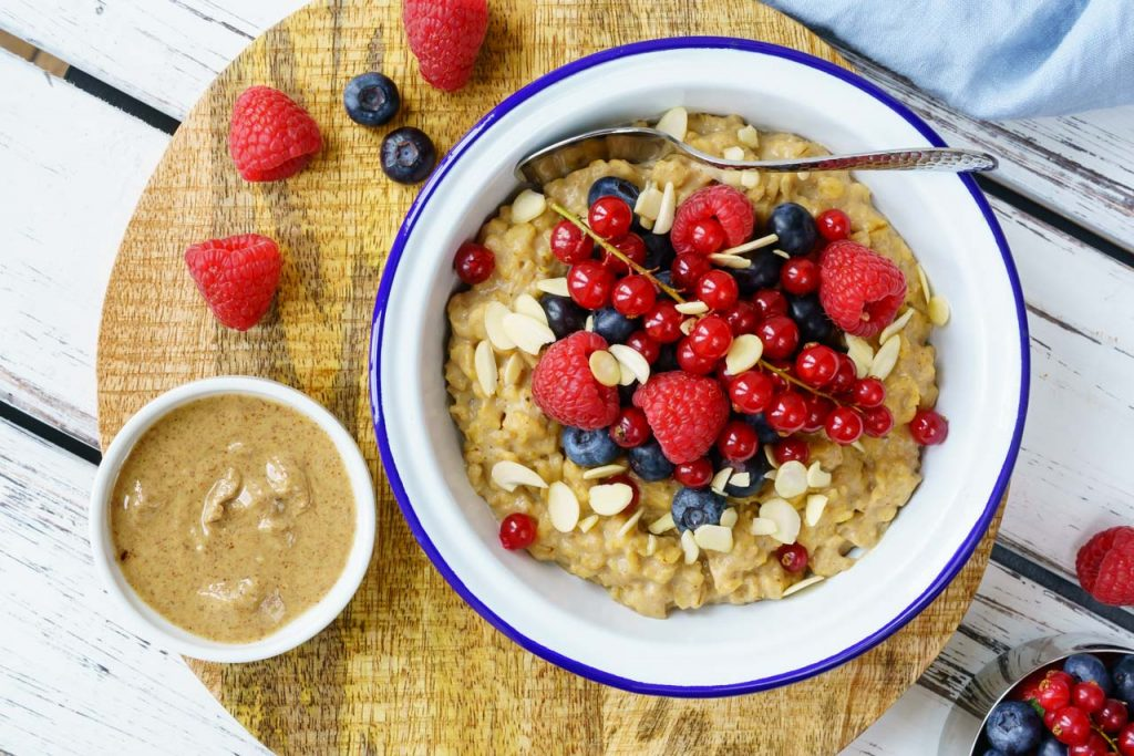 Peanut Butter Oatmeal and Berries CleanFoodCrush