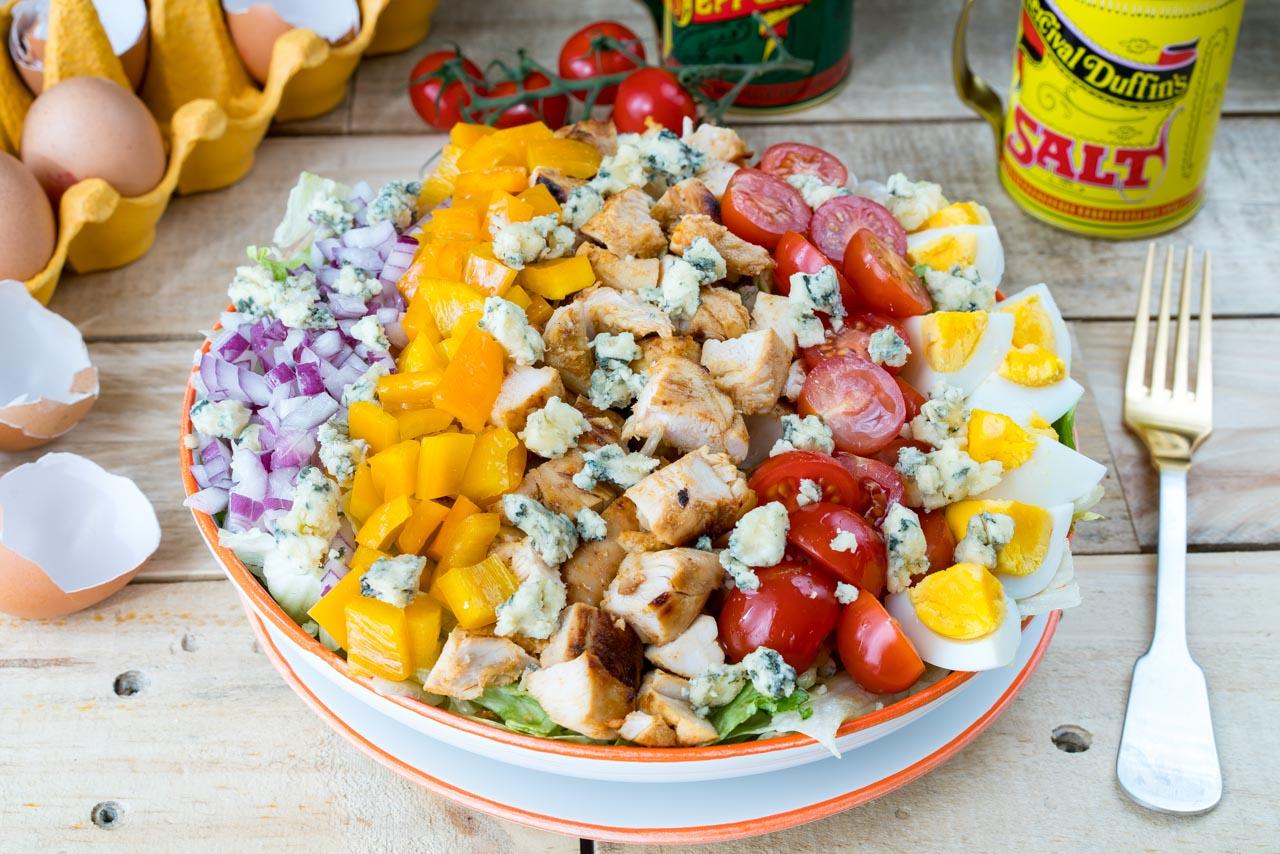 CleanFoodCrush Buffalo Chicken Cobb Salad Recipe