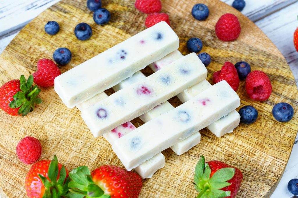 Frozen Yogurt Berry Bites Clean Recipe