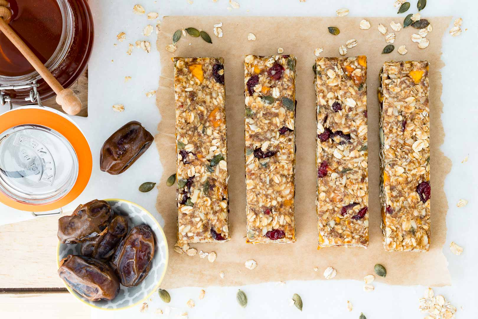 No Bake Fruit and Nut Granola Bars