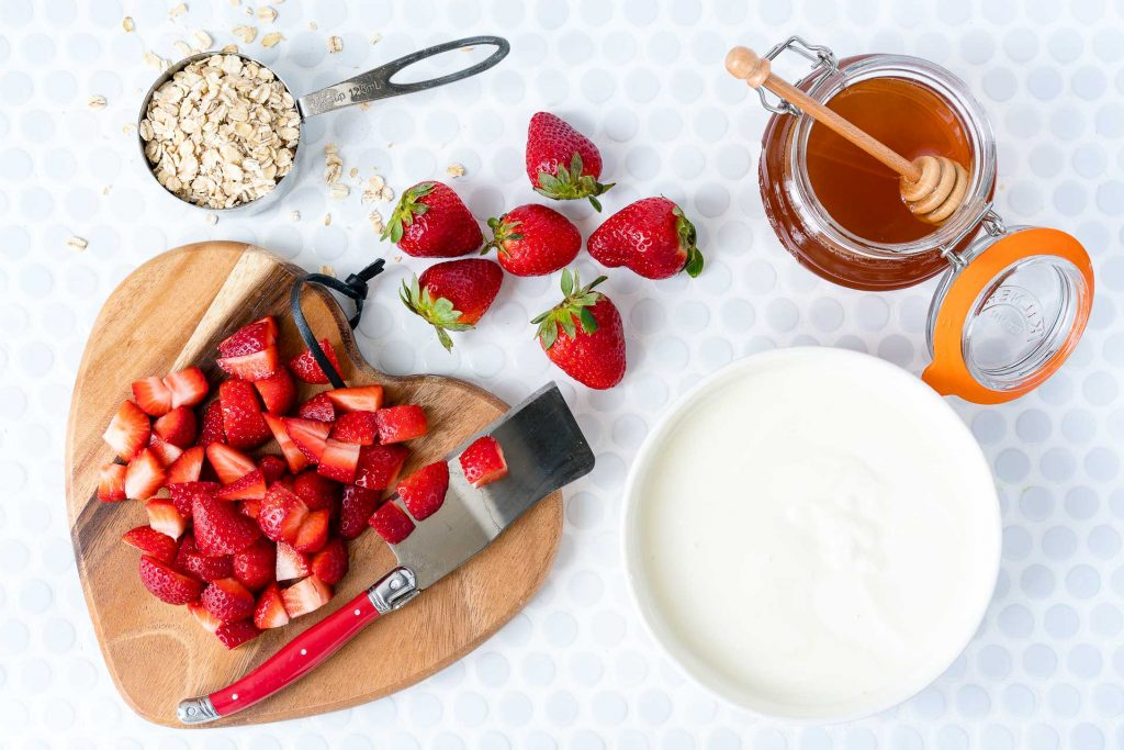 No Bake Strawberries Cream Oats