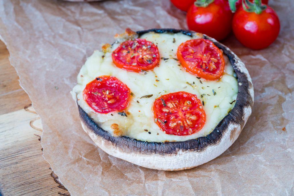 10-Minute Portobello Pizzas Recipe