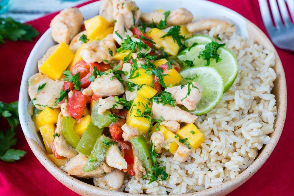 CleanFoodCrush Coconut Mango Chicken Recipe