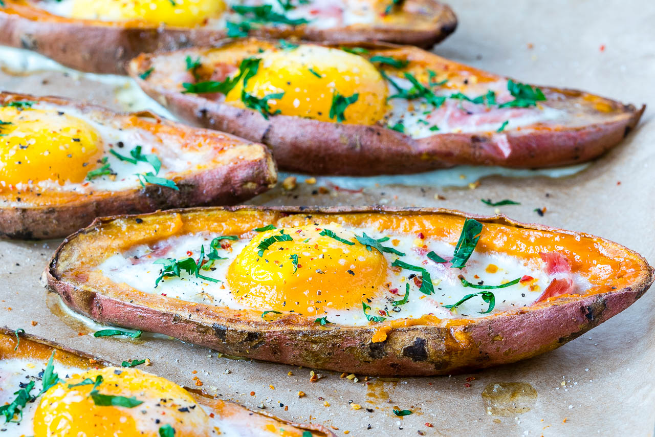 Healthy Ham n' Egg Loaded Sweet Potatoes
